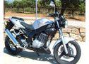 Vendo naked deportiva , daelim roadwin 125cc , naked , en buen estado , revisiones pasadas ,  año 20 - En Málaga